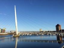 桥梁和小船 免版税库存图片