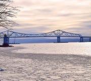 桥梁和灯塔 库存照片