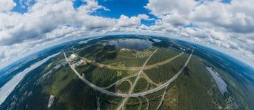 桥梁和自然在里加市,拉脱维亚360 VR虚拟现实的,全景寄生虫图片 免版税库存照片