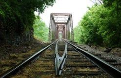 桥梁和轨道 库存图片