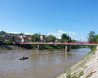桥梁在一个小镇 免版税库存图片