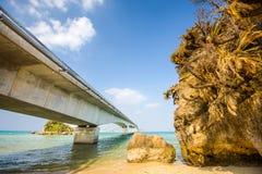 桥梁在冲绳岛 库存照片