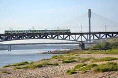 桥梁在华沙,波兰 免版税库存照片