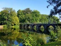 桥梁在布鲁基 库存图片