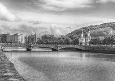 桥梁在Donosti 库存照片