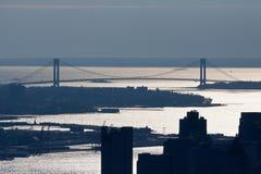 桥梁城市缩小新的verrazano约克 库存图片
