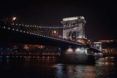 桥梁夜视图 免版税图库摄影