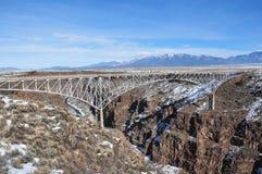 桥梁峡谷重创的里约 免版税图库摄影