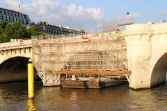 桥梁巴黎围网 免版税库存图片
