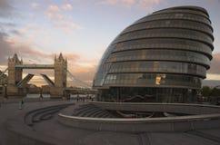 桥梁市政厅伦敦塔 库存照片