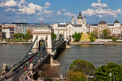 桥梁布达佩斯链多瑙河 库存照片