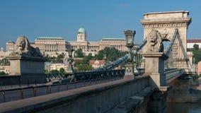 桥梁布达佩斯链子 库存图片