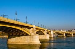 桥梁布达佩斯margaret 库存图片