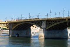 桥梁布达佩斯margaret 库存照片