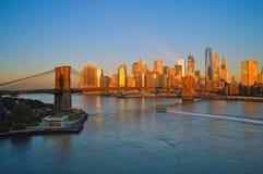 桥梁布鲁克林日出 免版税图库摄影