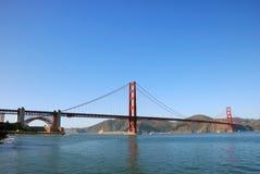桥梁弗朗西斯科门金黄全景圣 免版税库存图片