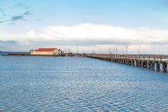 桥梁或码头横跨海浩瀚  图库摄影