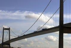 桥梁接近的暂挂 免版税图库摄影