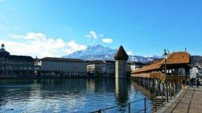 桥梁教堂卢塞恩瑞士 免版税库存照片