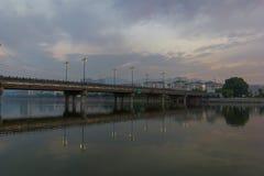 桥梁早晨 免版税库存照片
