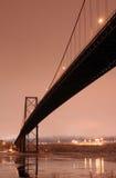 桥梁晚上冬天 免版税图库摄影