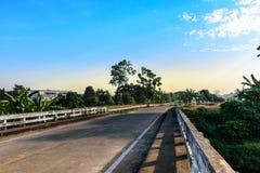 桥梁横渡运河 库存照片