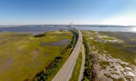 桥梁横穿 免版税库存照片