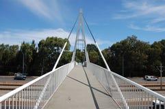 桥梁步行者 免版税库存照片