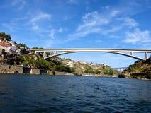 桥梁波尔图1 免版税库存照片