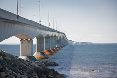 桥梁海洋 免版税库存图片