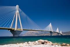 桥梁电缆坚持的希腊 图库摄影