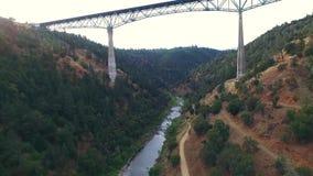 桥梁的一个美好的arial看法 影视素材