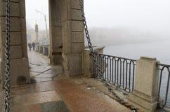 桥梁的花岗岩平板 库存图片