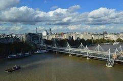 桥梁的鸟瞰图 免版税库存照片