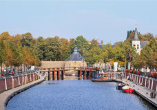 从桥梁看见的布雷达古老港,荷兰 免版税库存图片