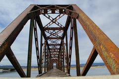 桥梁老生锈 库存图片