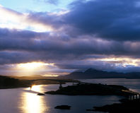 桥梁苏格兰skye 免版税库存图片