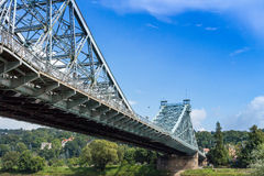 桥梁蓝色奇迹德累斯顿 库存照片