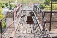 桥梁被中断的老 库存照片