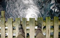 桥梁裁减路线被射击的常设宽 库存图片