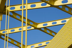 桥梁详细资料黄色 库存图片