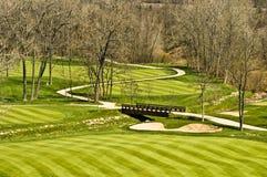 桥梁路线高尔夫球场面 免版税图库摄影