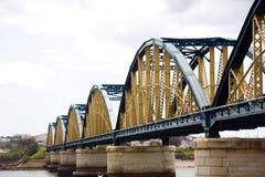 桥梁铁portimao葡萄牙 免版税图库摄影
