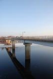 桥梁齐佩瓦人英尺河 库存图片