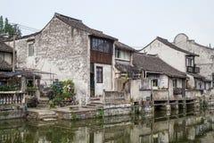 桥梁,枫泾朱家角古老水镇运河  免版税库存照片