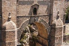 桥梁从18世纪在朗达, 库存图片