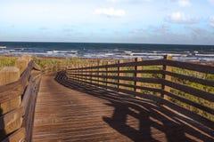 桥梁主导的海洋 库存图片