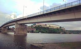 桥梁|诺维萨德|塞尔维亚 免版税库存照片