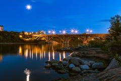 桥梁broadway萨斯卡通 免版税库存照片