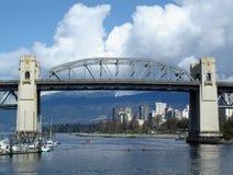 桥梁burrard温哥华 免版税库存照片